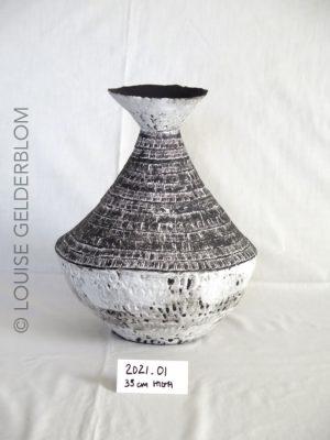 Ceramic Vessel by Louise Gelderblom